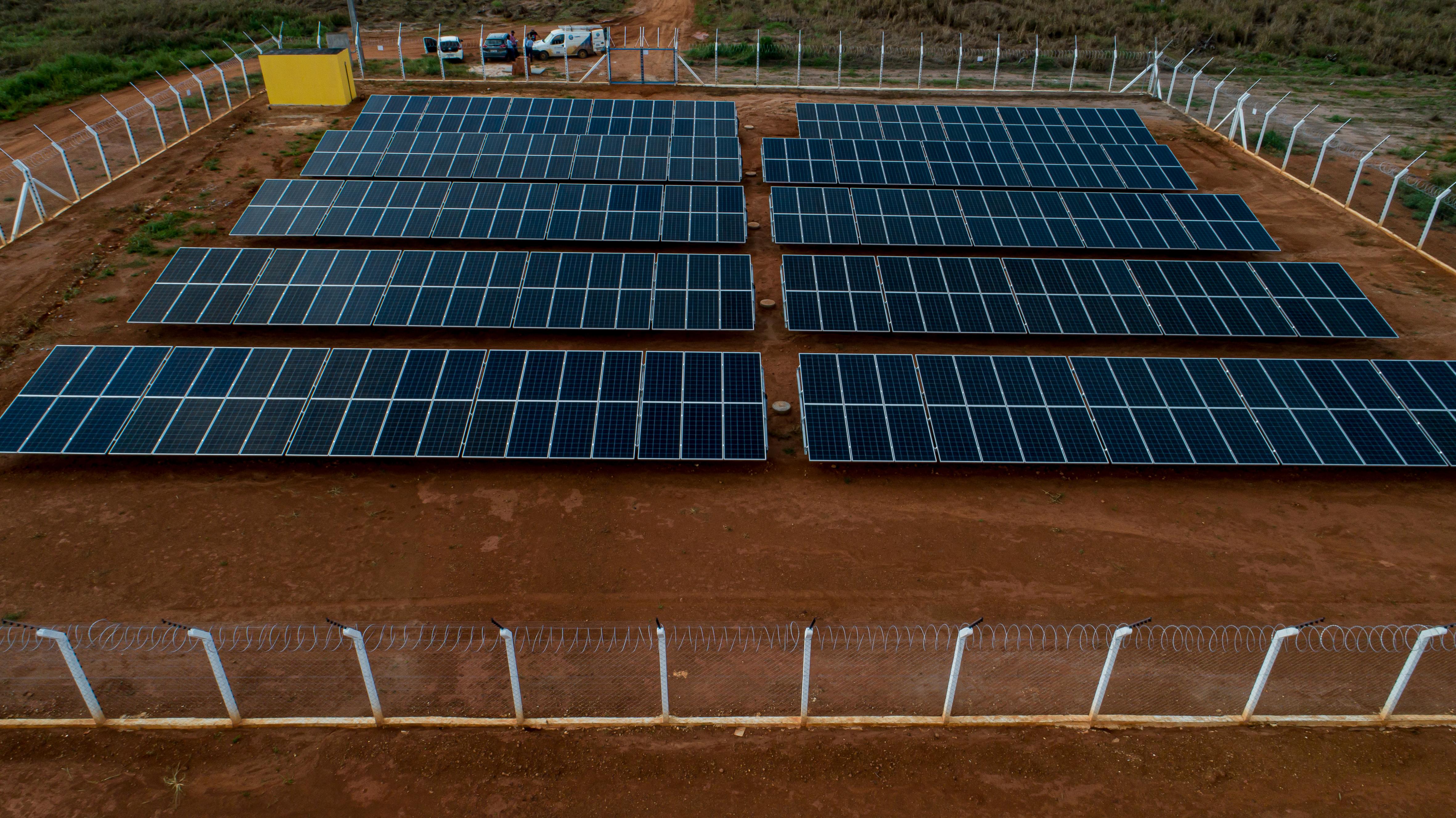 Placas solares na fazenda Tucunaré, em Sapezal (MT): além de abastecer as unidades da companhia, energia limpa também deve ser comercializada no Sistema Integrado Nacional (SIN).